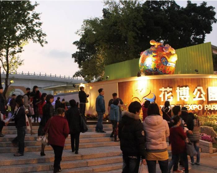 印象畫廊:【洪易 / 彩繪雕塑是新時代的藝術象徵】