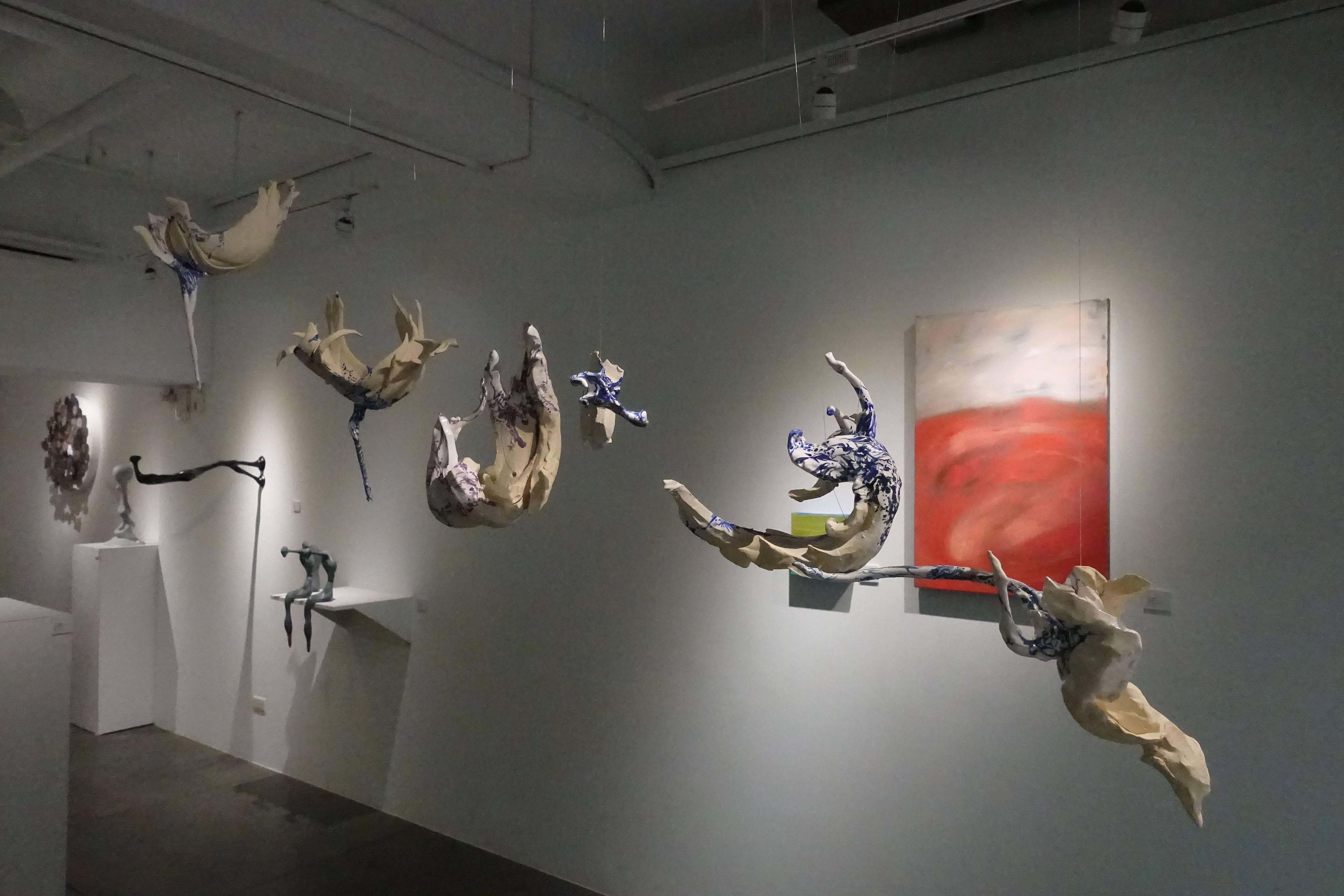 新聲藝術家徵件展於CC GALLERY展覽現場一景。