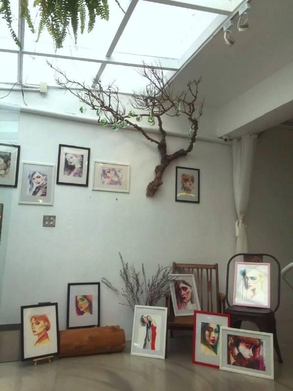 Joan Huang時尚水彩創作將於「日日美髮型」沙龍展至2018年底