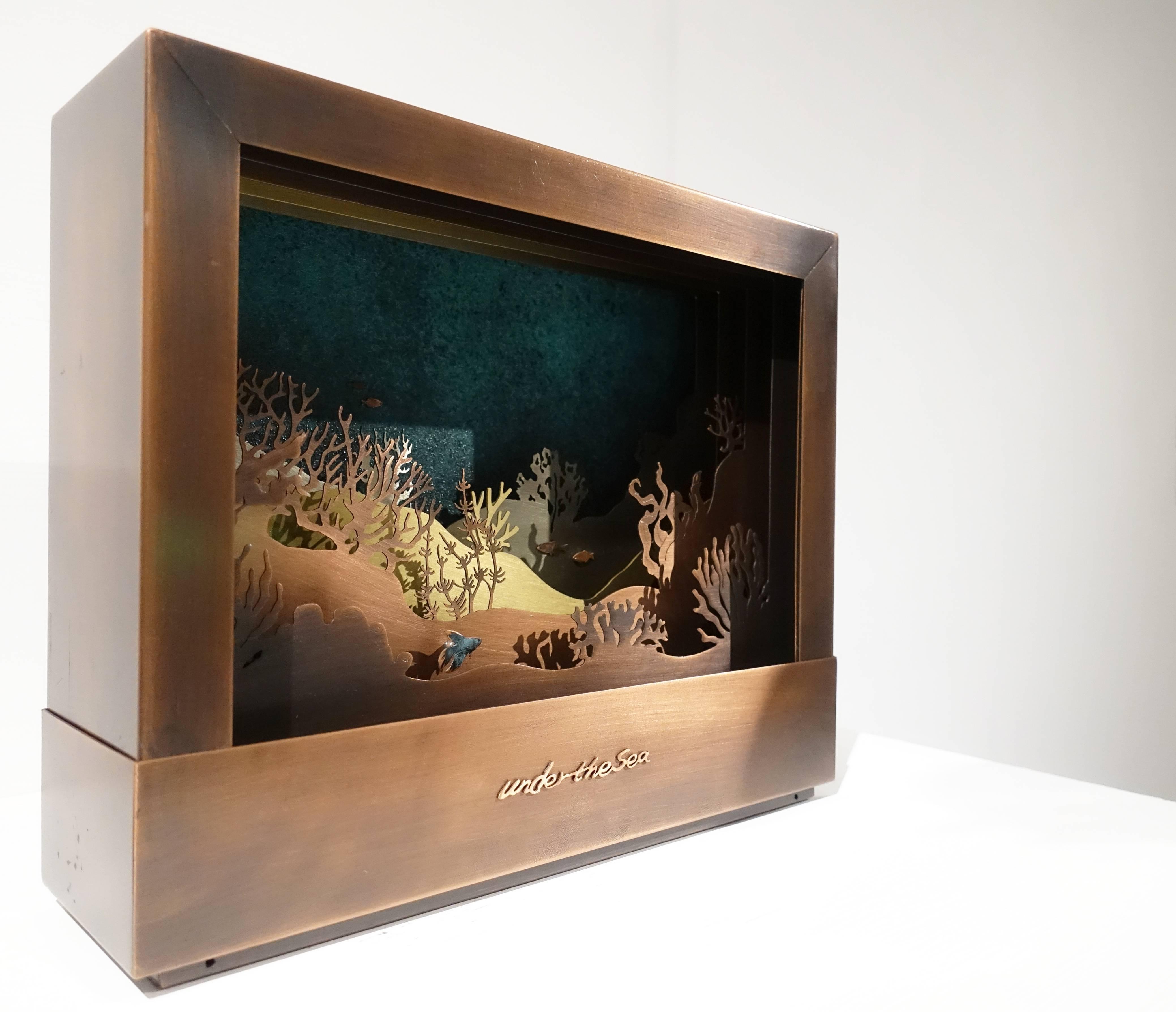 表溟善Pyo Myeong sun,《海底》,黃銅、紅銅、白銅。