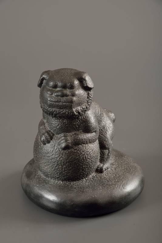 福獅  118  圓緣  黑花崗石 29×29×30.3cm -2019