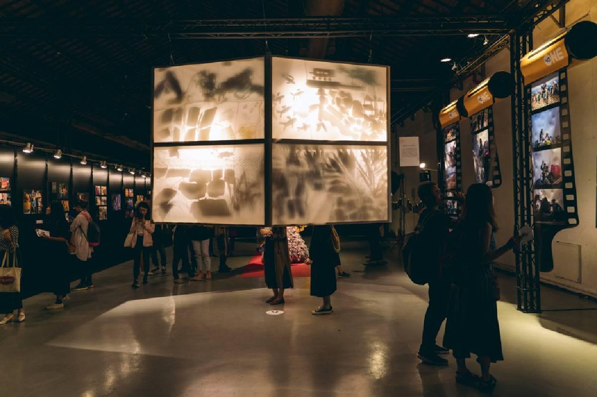 台灣藝術家羅懿君與東南亞移工們共同創作的裝置藝術