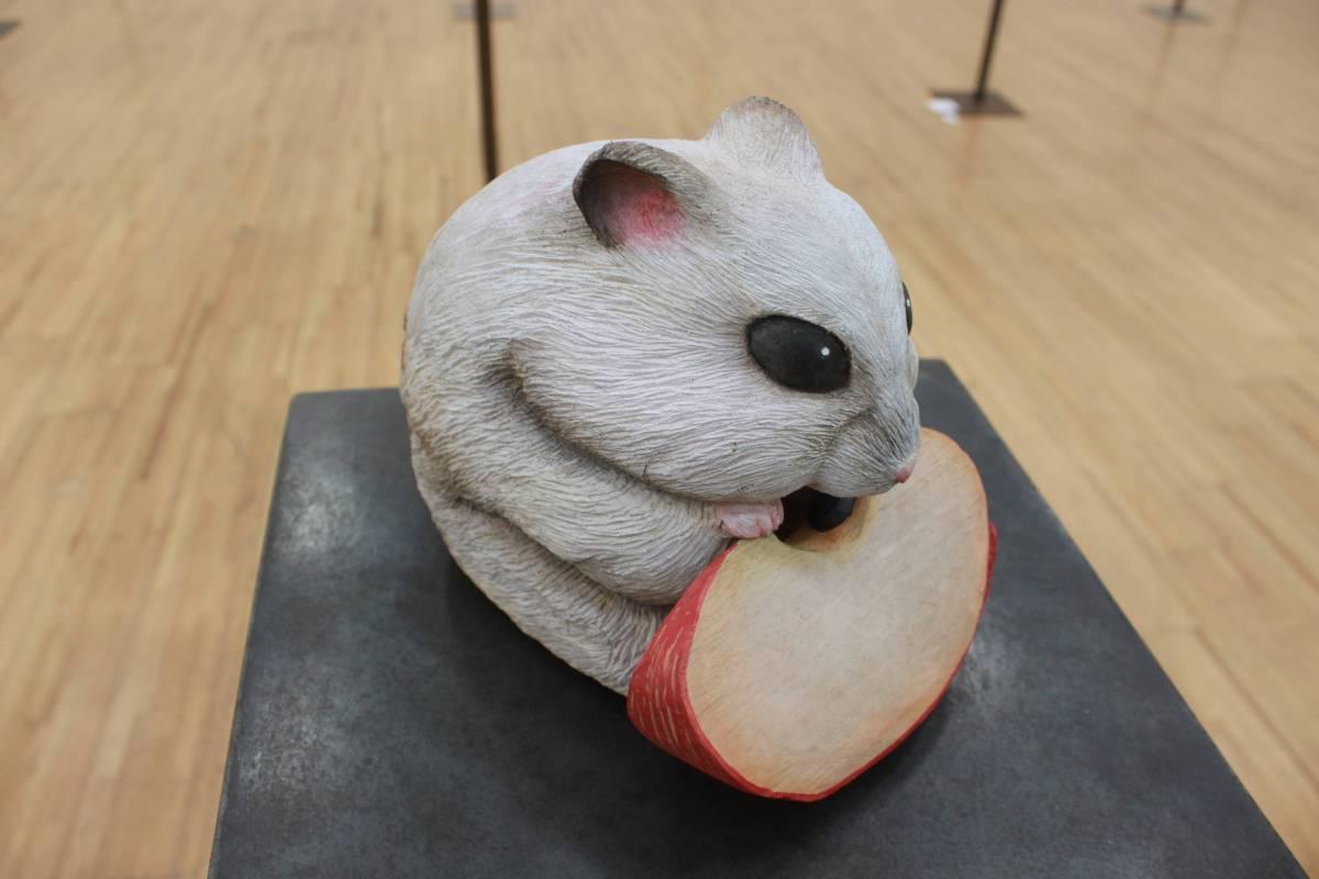 吳書竺《有毒》樟木。圖/國立台灣藝術大學雕塑學系提供