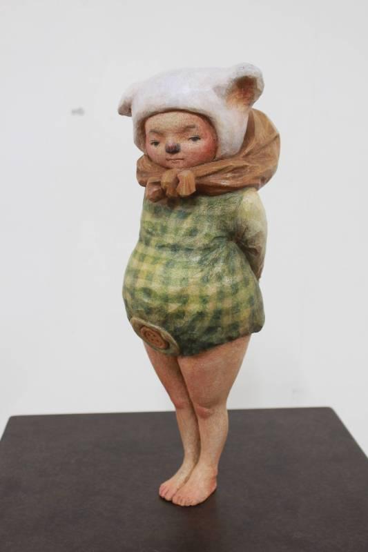 林芝萱《那些摺星星的夜晚》烏心石木。圖/國立台灣藝術大學雕塑學系提供