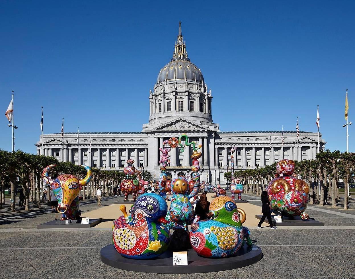 2015 美國舊金山市政中心廣場 大型綜合展覽 洪易馬戲團群組 76x121x330cm