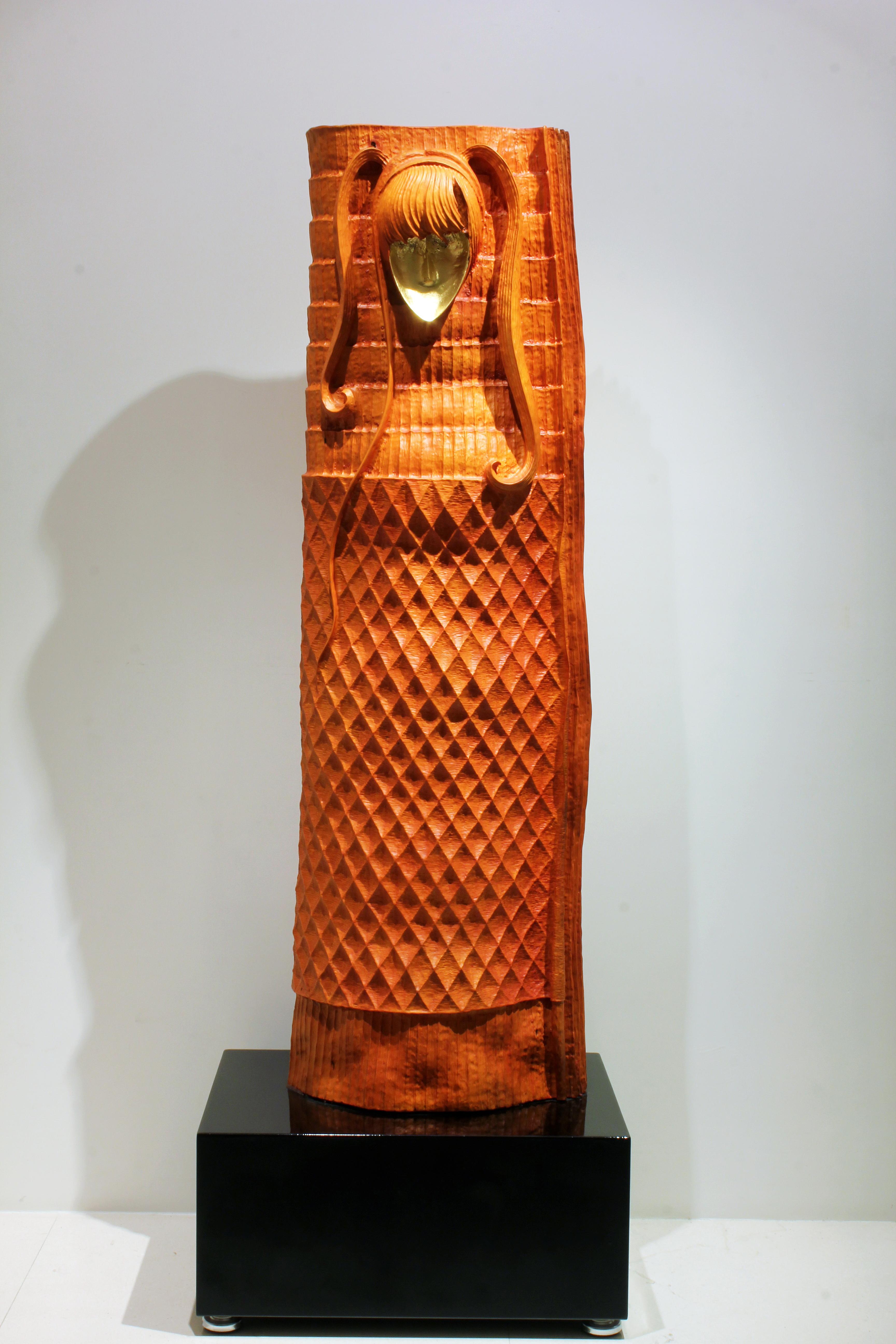 梁平正 黃金面具 2012 台灣肉桂 60x47x168cm