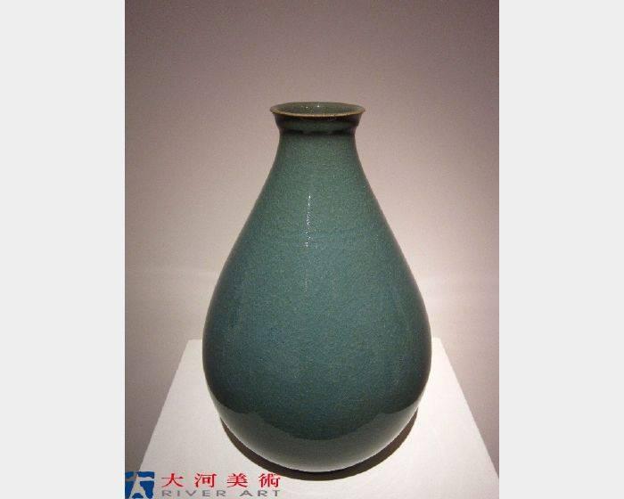 洪琦軒 -盤口玉壺春 Flaring-Mouthed Flower Bud Vase