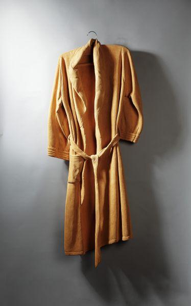 楊北辰-浴袍1號