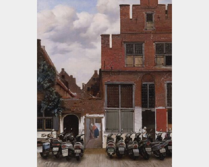 盧昉-被亂停機車的台夫特街景 Street in Delft with Parked Scooters