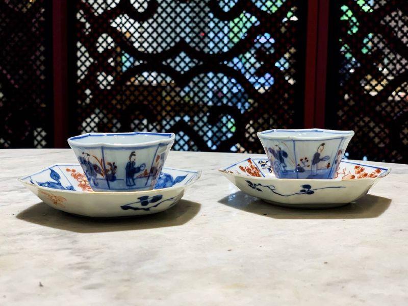 瓷器-六角仕女文人描金矾紅杯